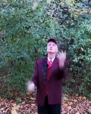 Alberto kann jonglieren